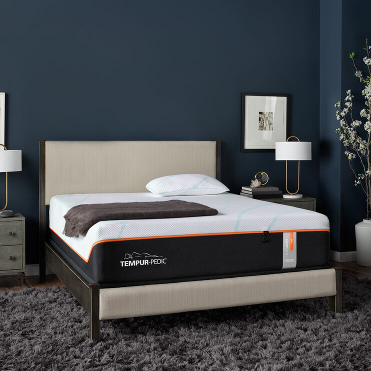 Tempur-Pedic Luxe Adapt Firm Queen Mattress