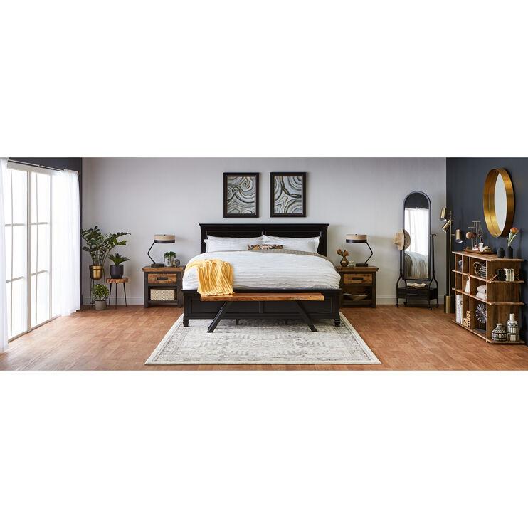 Persia II Black Queen Bed