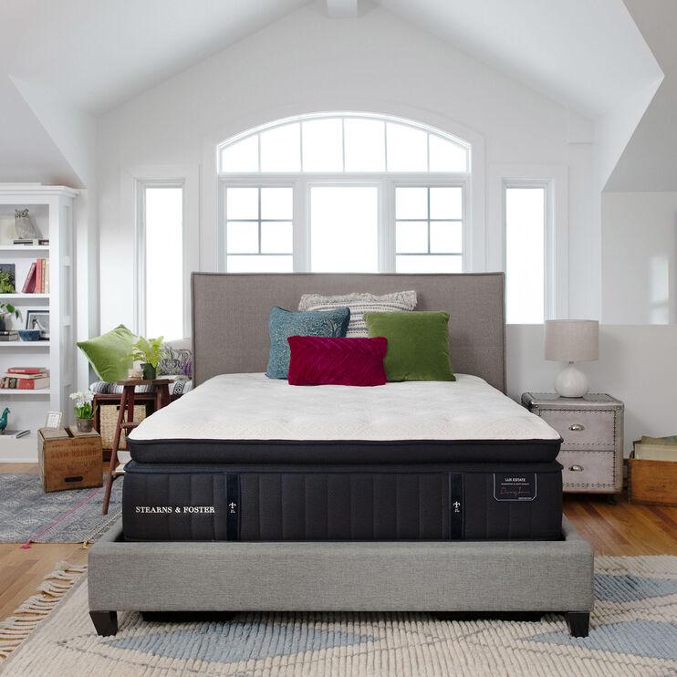 Stearns and Foster Lux Estate Cassatt Pillowtop Ultra Plush Queen Mattress