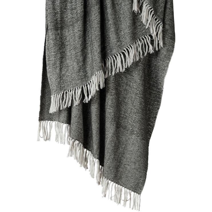 Cozy Gray Cotton Throw