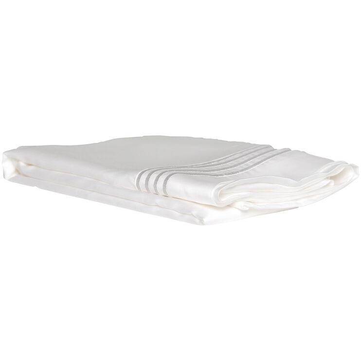 Queen Cream Ultra Pillowcase