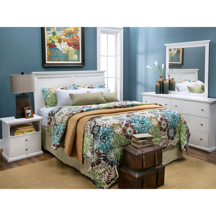Bostwick Shoals White Headboard Room Package