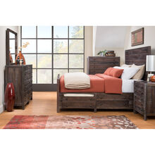 Townsend 5 Pc Room Group