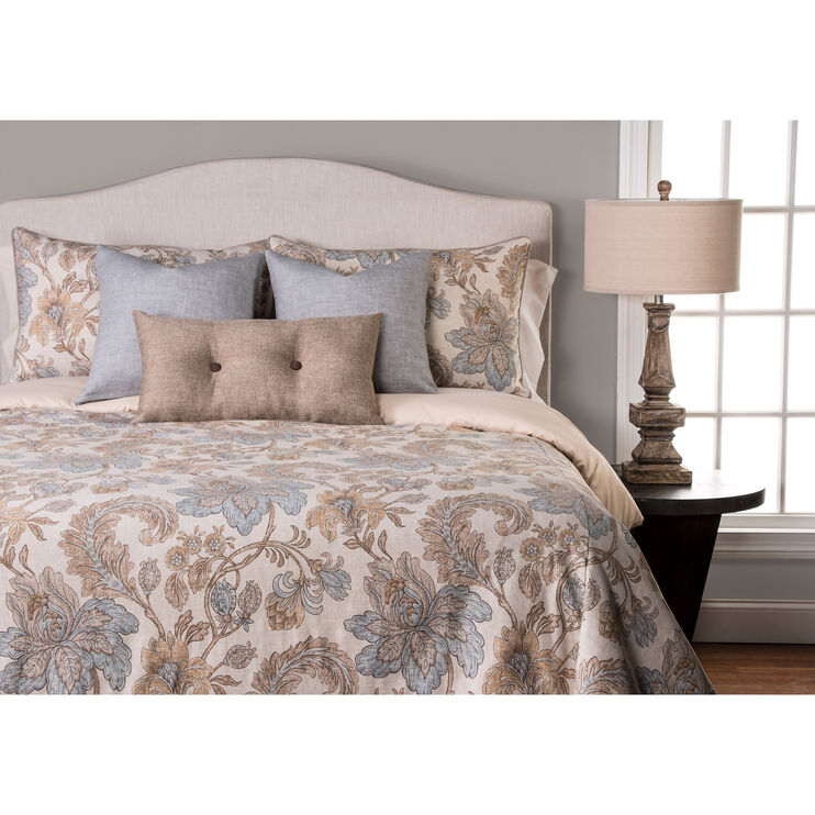 Isabella 7 Piece Queen Duvet Set