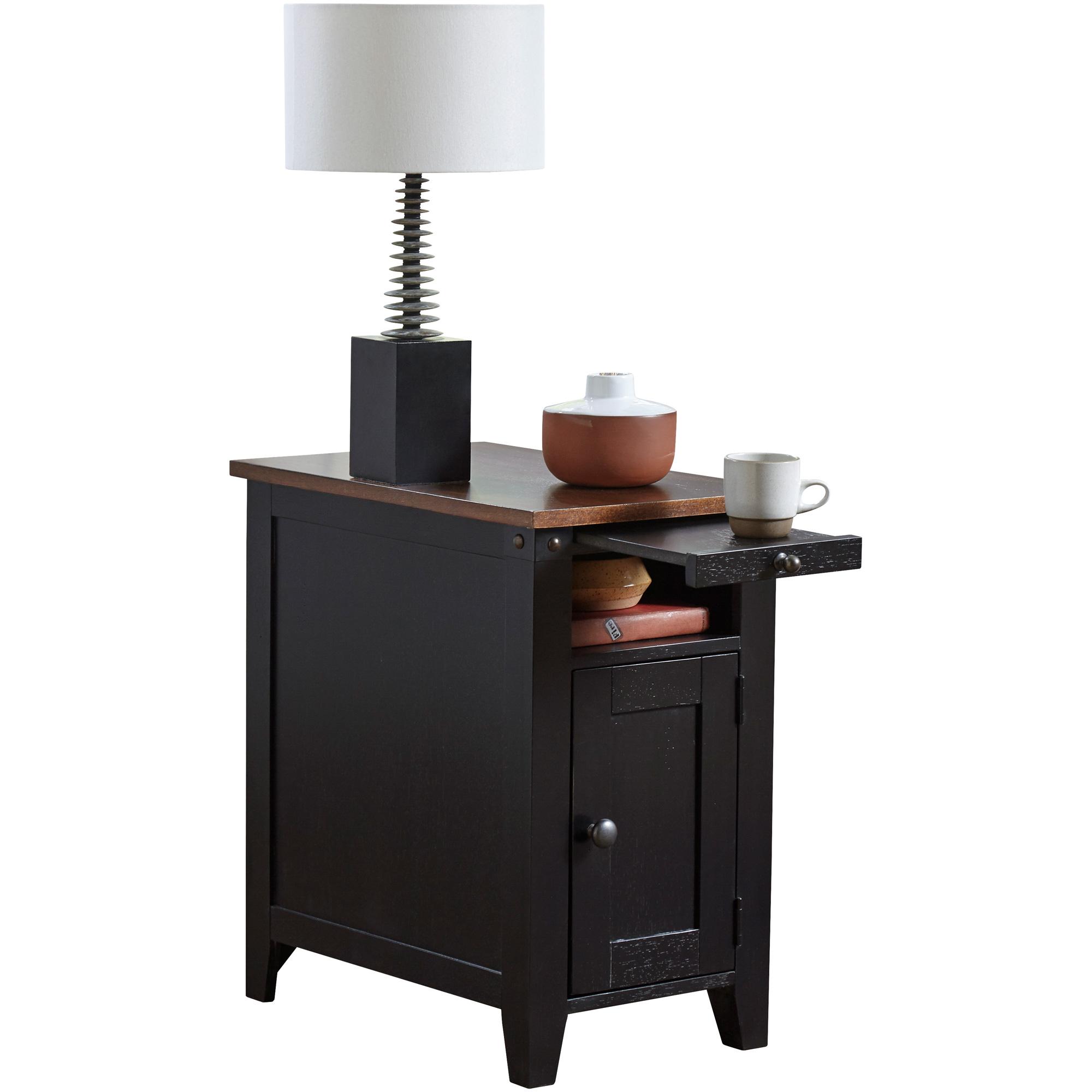 Martin Furniture | Dakota Black Chairside Table
