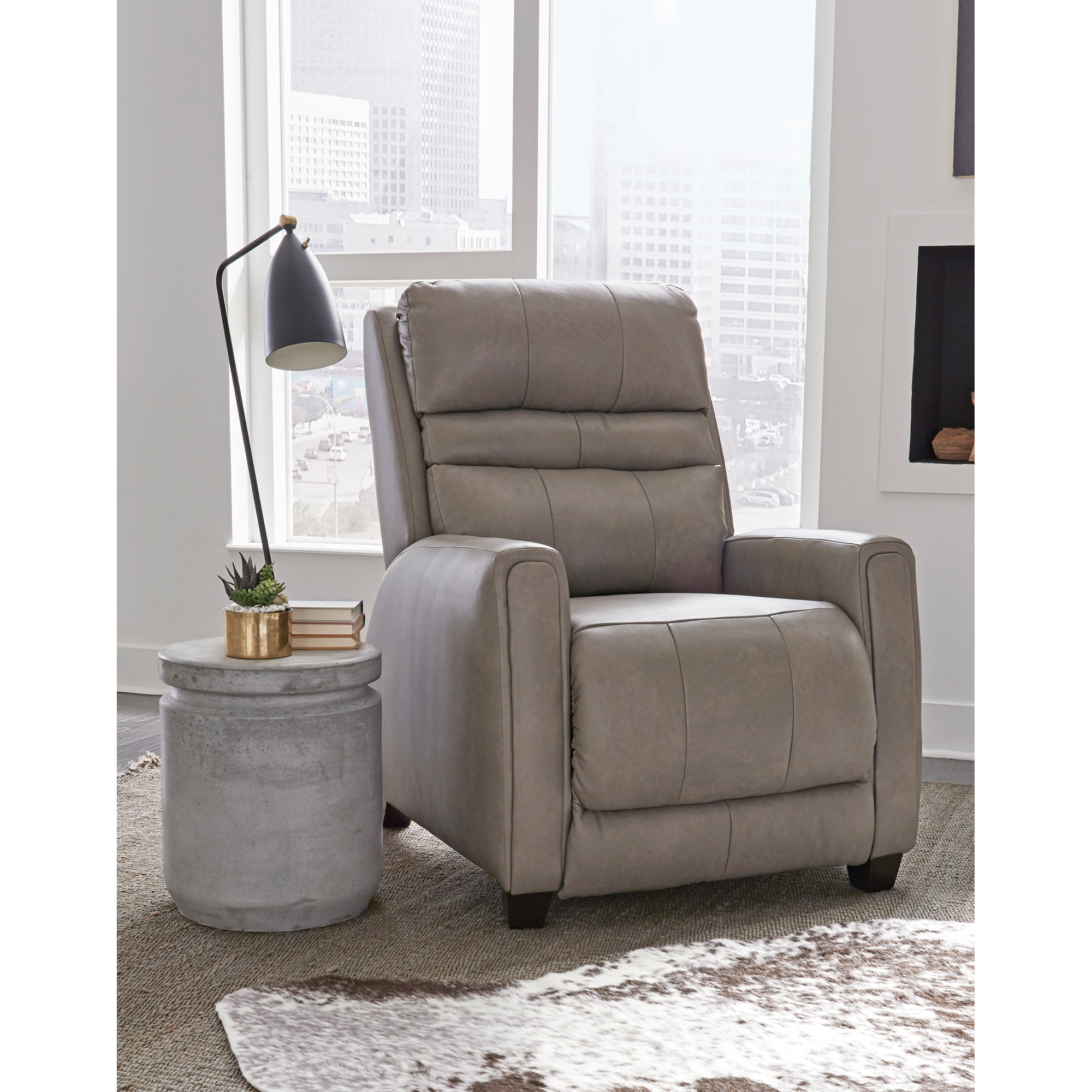 Southern Motion | Turbo Cobblestone Zero Gravity Power+ SoCozi Leather Leg Recliner Chair