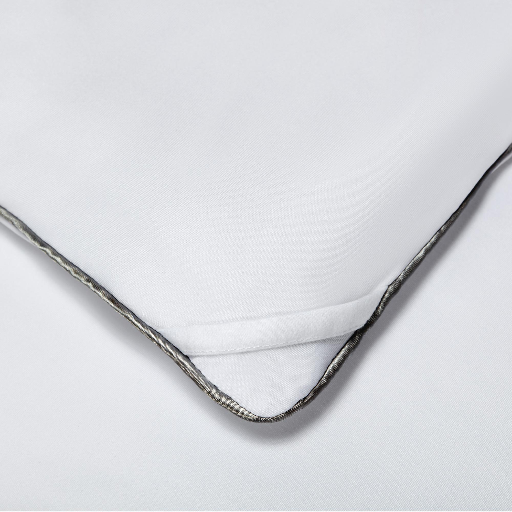 Sheex Inc. | SHEEX Aero Fit Bright White King Performance All Season Comforter